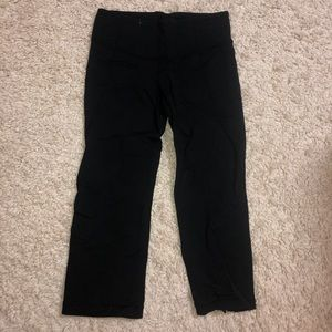 Lululemon Black crop